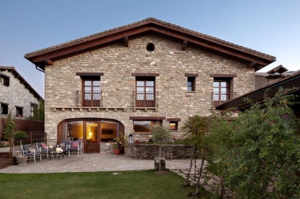 Pyrenees Travels: Hotel Barosse