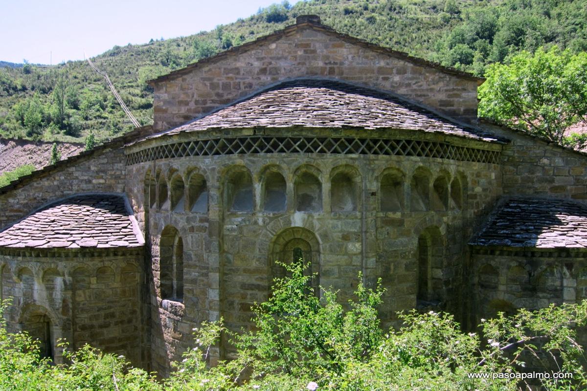 Pyrenees Travels: SANTA MARIA DE OBARRA Mönchskloster