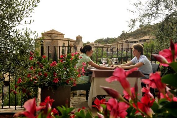 Pyrenees Travels: Restaurant in Alquezar