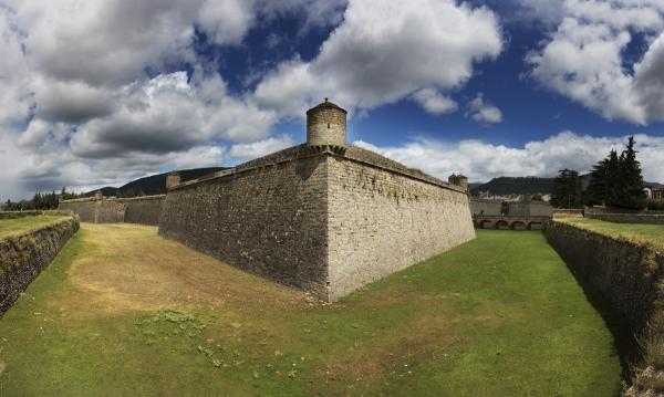 Pyrenees Travels: JACA Citadel