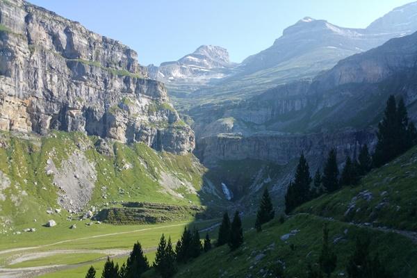 Pyrenees Travels: Alquezar